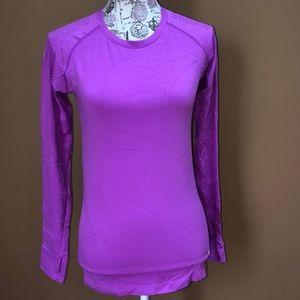 GAP Fit Motion Purple Small Workout Shirt